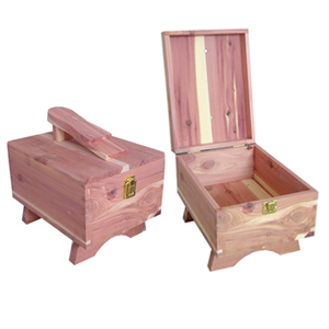 cedar_wood_shoe_care_box_897011_x.jpg